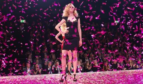 Großhandel Frau Bunte Fransen Sandalen Oberschenkel Hohe Stiefel Ultra High Night Club Bühne Schuhe Kämpfen Hoch Sortierte Farben High Heels Weibliche