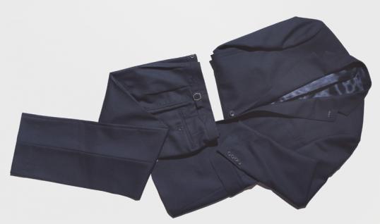 finest selection 5f4b8 ffb70 Bei BIKINI BERLIN ist der Mai der Monat der perfekt gekleideten Männer.  Denn vom bis zum 2. Juni 2018 zieht das junge Berliner Start-Up SAL ins 1.