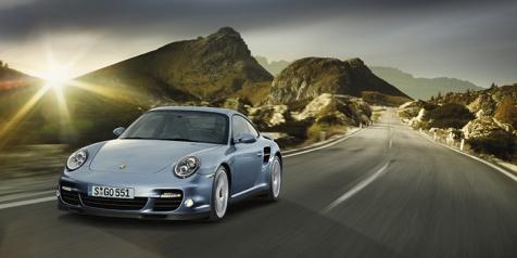 ... an Leistung und Fahrdynamik haben die Techniker der Dr. Ing. h.c. F.  Porsche AG 23ae5141ebbc