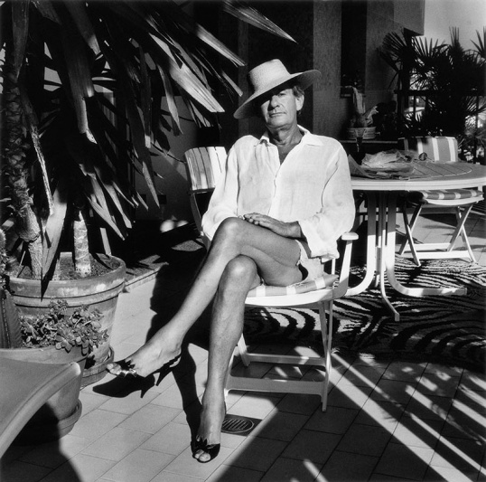 Foto: Helmut Newton, Monte Carlo, 1987 © Foto: Alice Springs, Helmut Newton Estate / Courtesy Helmut Newton Foundation