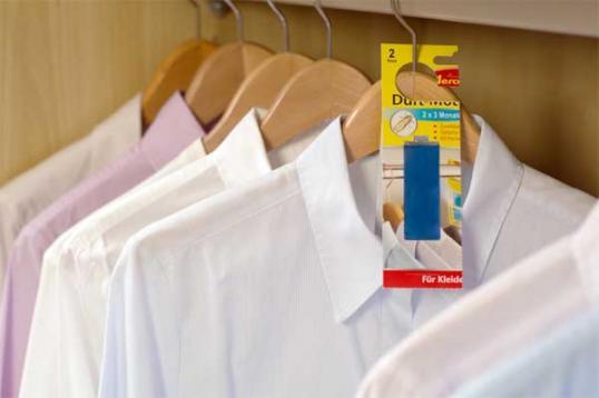 neu duft mottenschutz gegen kleidermotten quer durch. Black Bedroom Furniture Sets. Home Design Ideas
