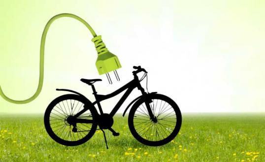 fahrrad trend e bike frau am steuer. Black Bedroom Furniture Sets. Home Design Ideas