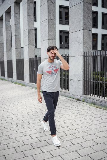 PüNktlich 2018 Neue Einfarbig T Shirt Herren Schwarz Und Weiß 100% Baumwolle T-shirts Sommer Skateboard T Jungen Skate T-shirt Tops Neueste Technik T-shirts